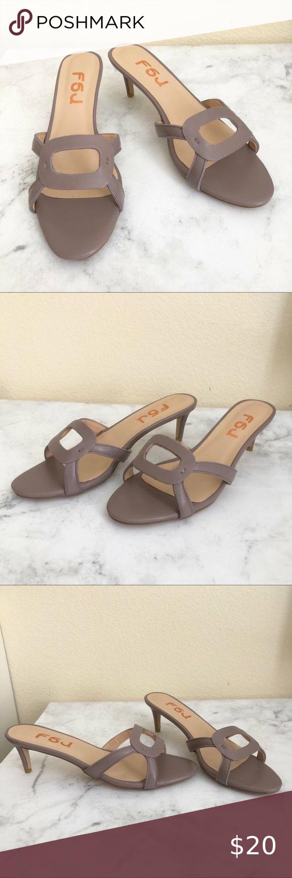 Size 9 Purple Elegant Kitten Heel Sandal In 2020 Kitten Heel Sandals Kitten Heels Heels
