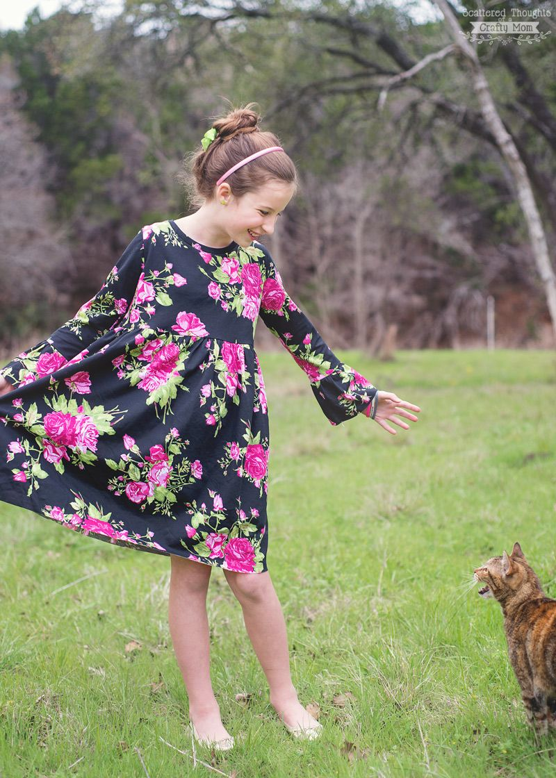 Free sewing pattern alert download a copy of this bell sleeve t