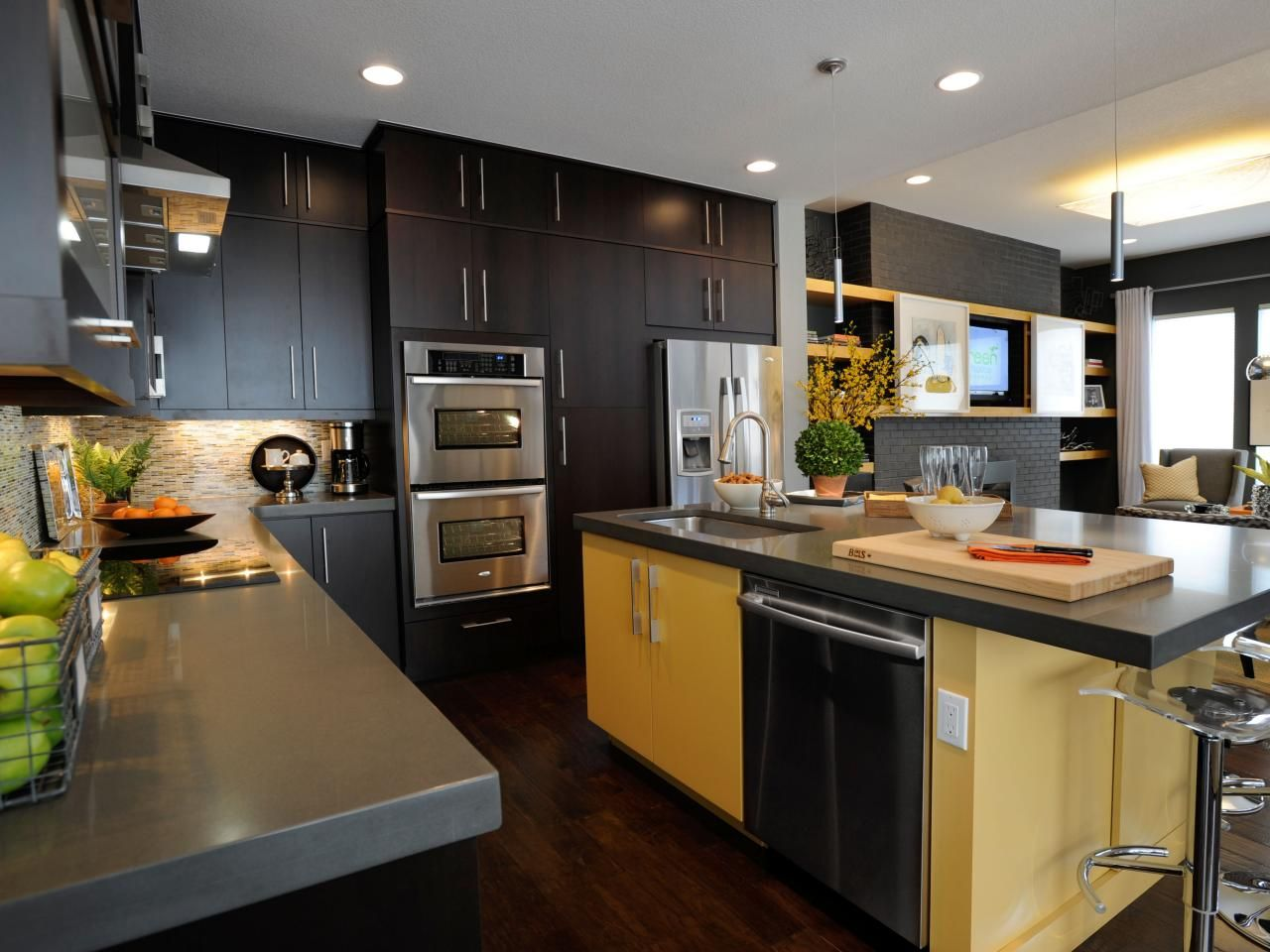 Kitchen Island 6 Feet a yellow 5-6-foot kitchen island serves as both a work and