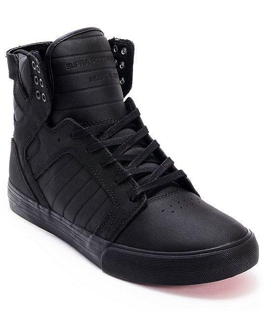 de0e504bd84f Never sacrifice any element of your skate shoe again with the ultra tough Supra  Skytop red