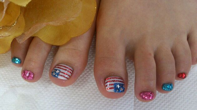 Fourth Of July Toe Nail Art With Glitter Fourth Of July Beauty And