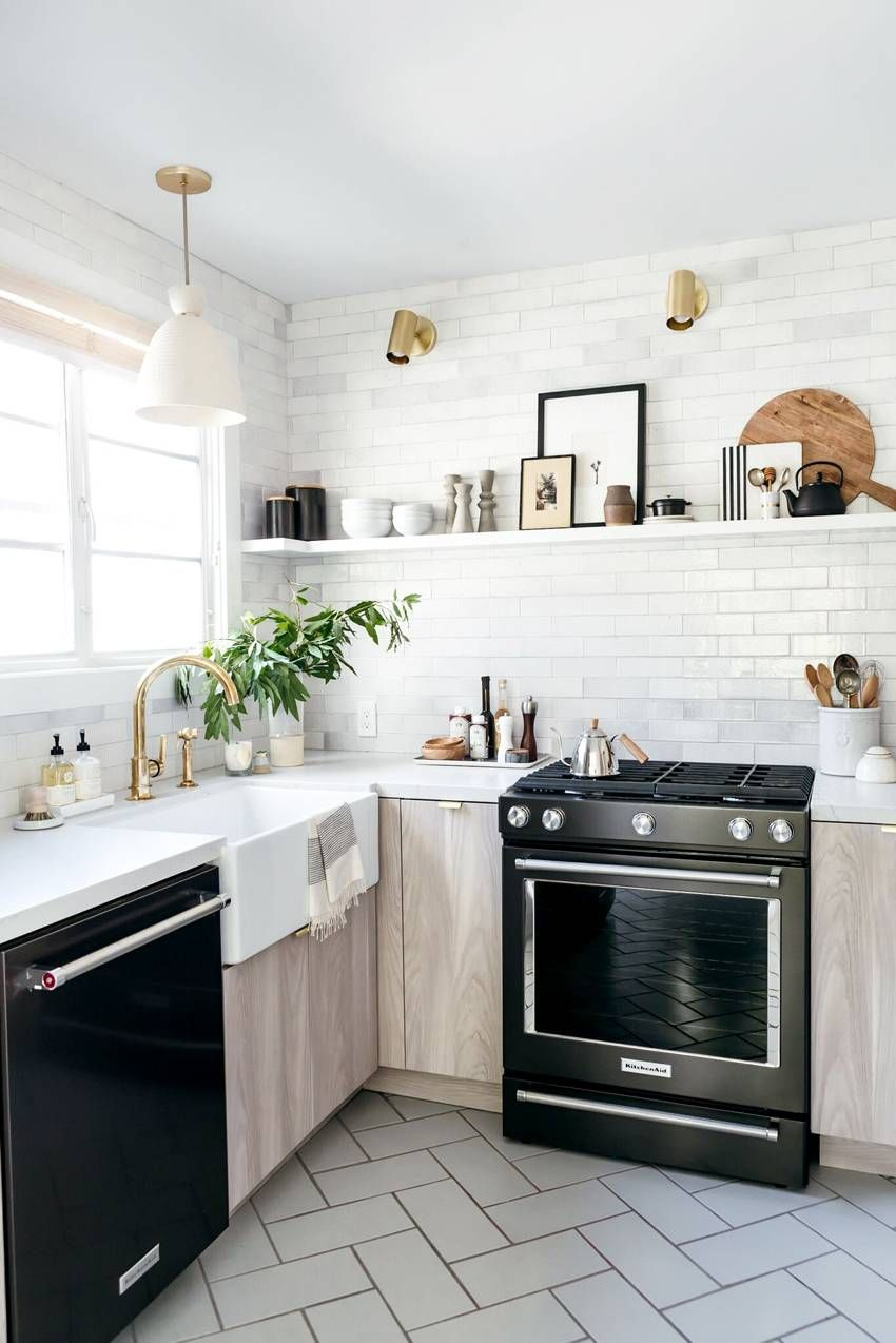 A Designer Shows Us How to Give a Dated Kitchen a Drool-Worthy Makeover | MyDomaine