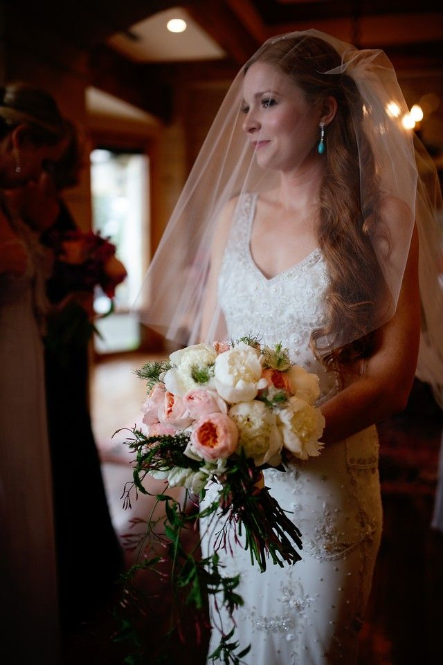 another example of bridal bouquet
