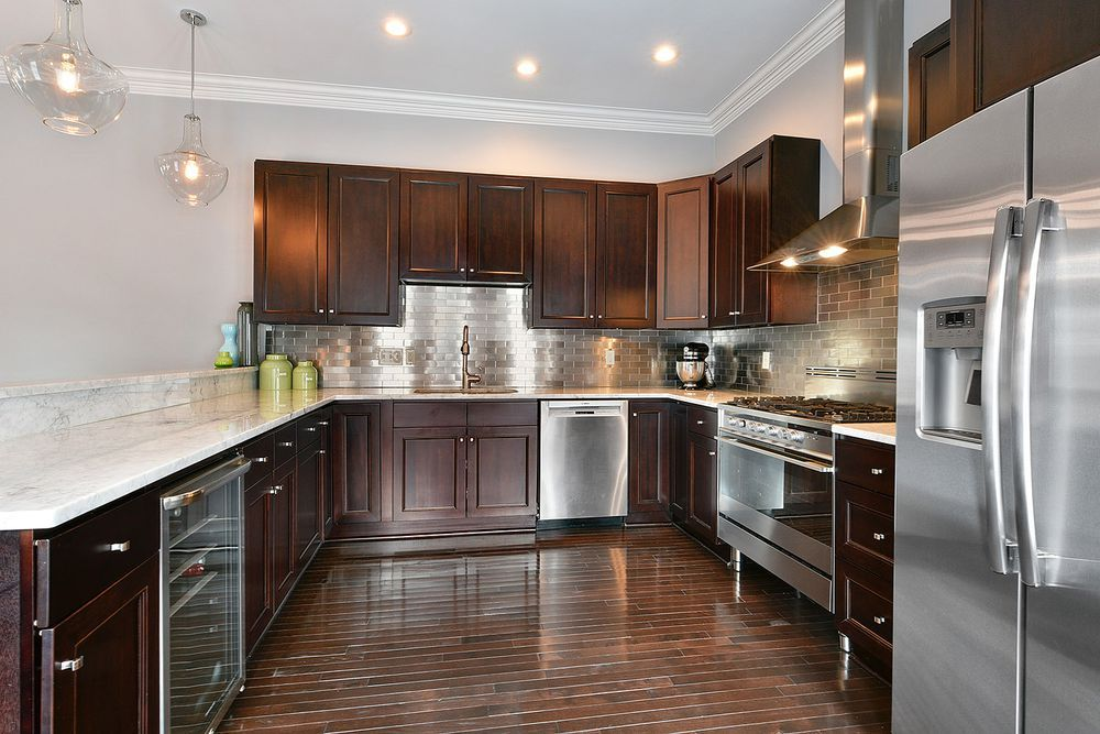 This New East Riverside Home With A Stellar Kitchen Asks 575k Riverside House Kitchen Home Kitchens