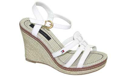 Sandalias blanca tommy, cómodas para andar con Jeans!!