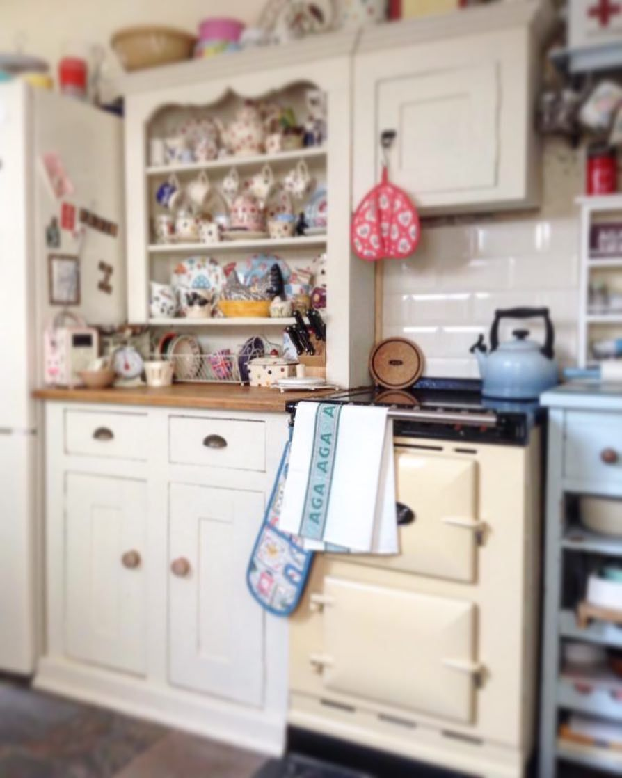 Small Kitchen Ideas On A Budget With Images Small Kitchen Ideas On A Budget Small Kitchen Diy Small Kitchen