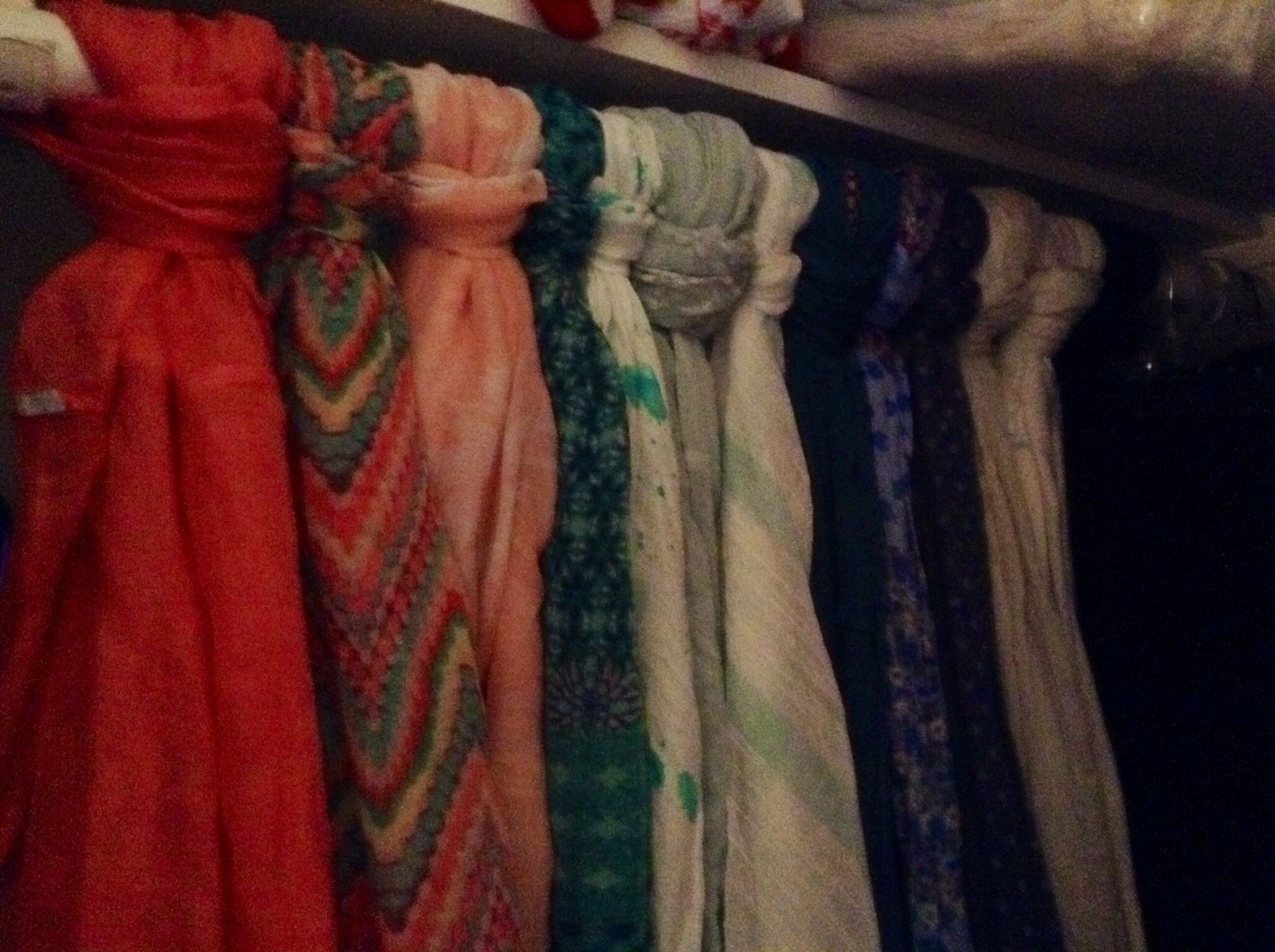 Great way to keep your scarves un-wrinkled and organized!!