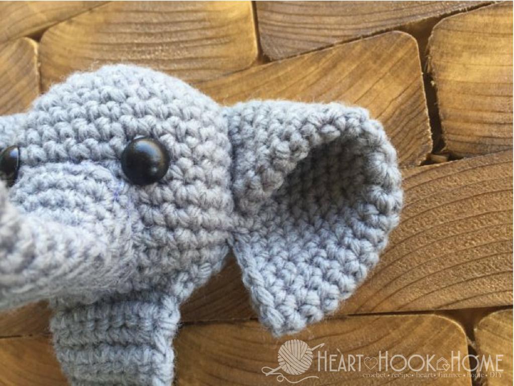 Webster the Elephant Bookmark Free Crochet Pattern | Elephant ears ...