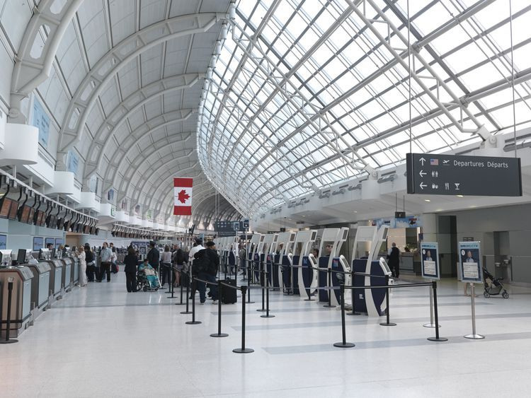 10 Ways to Kill Time at Toronto Pearson International Airport