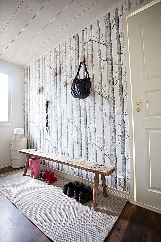 Doe eens iets zot met de hal boven accentwant met leuk for Wallpaper for hall walls