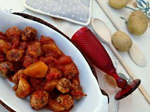 Photo of Polpette in umido con patate