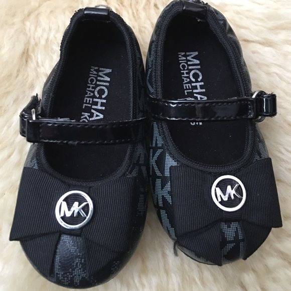 14f6a4042635 Buy michael kors shoes size 5   OFF67% Discounted