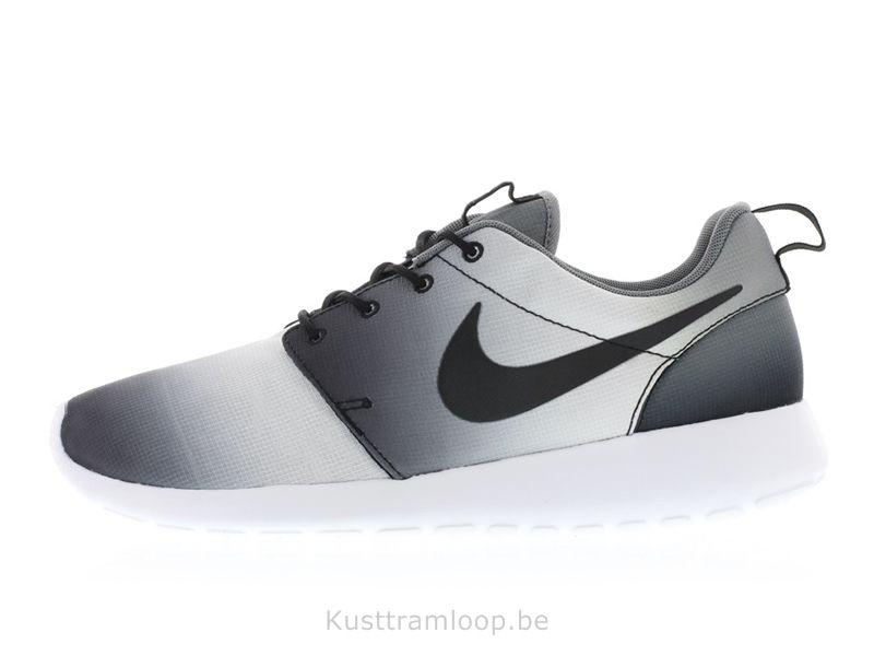 meet 13d56 d434a Nike Roshe Run Imprimer Noir   Gris Noir-Blanc-Frais Huarache Platinum White