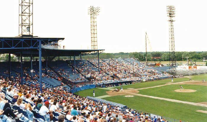 Macarthur Stadium Former Home Of The Syracuse Chiefs Stadium Minor League Baseball Syracuse