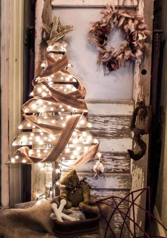 This would be a beautiful Christmas display! Booth ideas