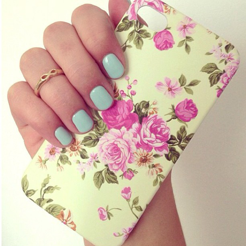 accessories, colorful, cute, fashion, floral, girls, hand, nails art, phone case, pink, rings, style, vintage