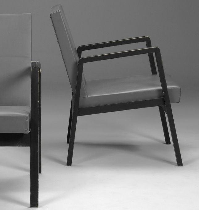 Alvar aalto lacquered wood and leather armchairs for for Alvar aalto chaise lounge