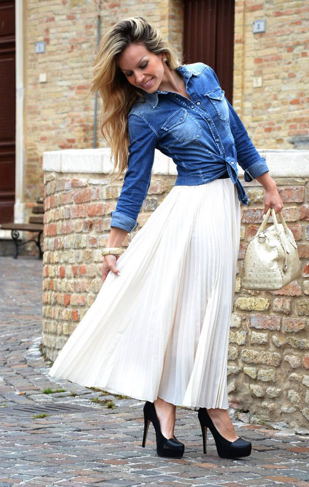 pleated skirt outfit idea 1 wear a pleated maxi skirt with a denim shirt and black suede. Black Bedroom Furniture Sets. Home Design Ideas