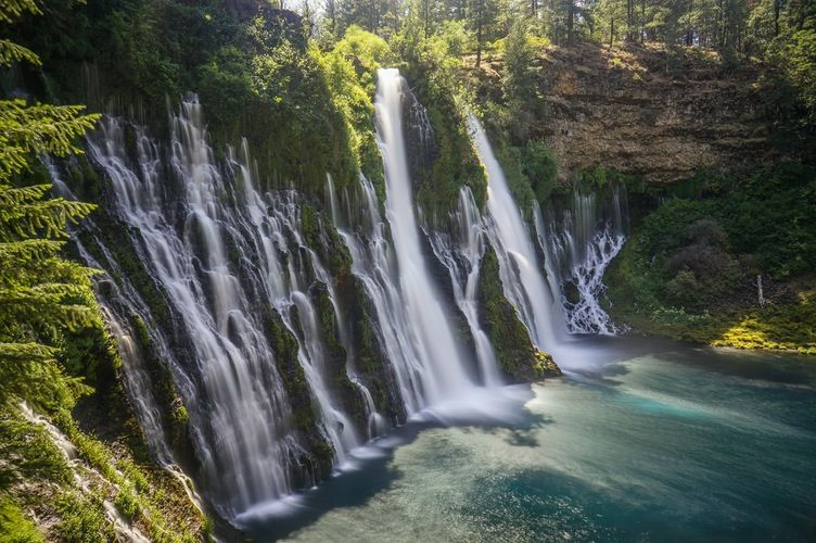 Hike To Burney Falls Lake Tahoe Loop Trail This Is Nowhere Near