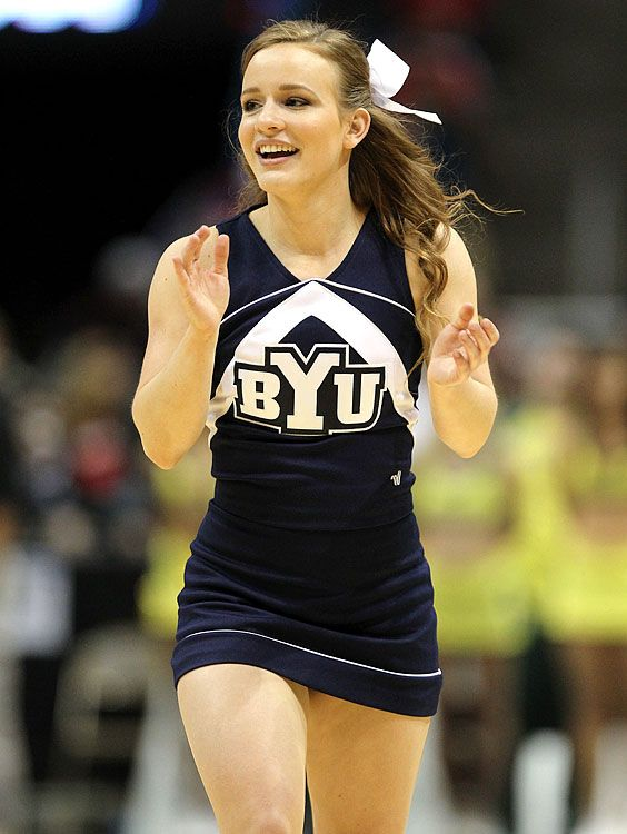 BYU Cougars | CHEERLEADERS | Football cheerleaders ...
