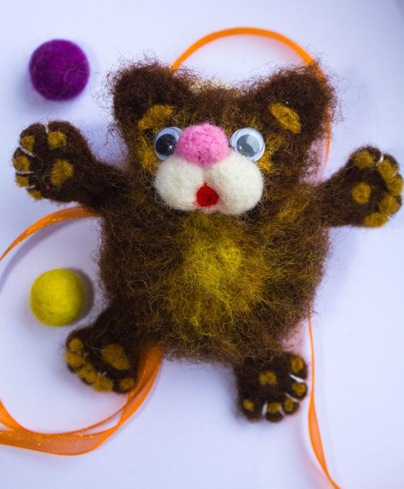 Felted magnets. Wool magnets. Cat magnets. Fridge by WooolyWool