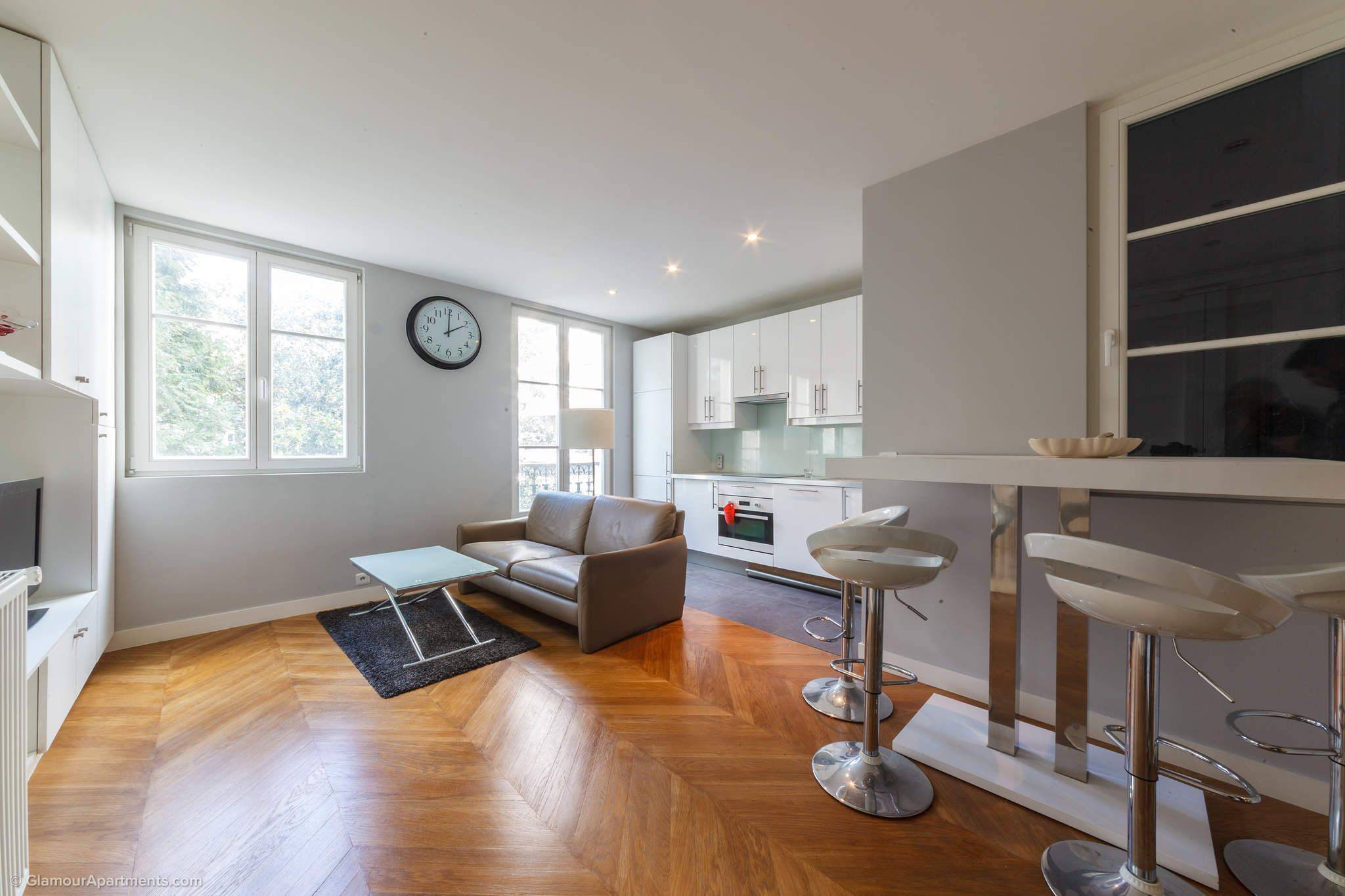 Modern 2-bedroom apartment for rent in Paris - Boulevard ...