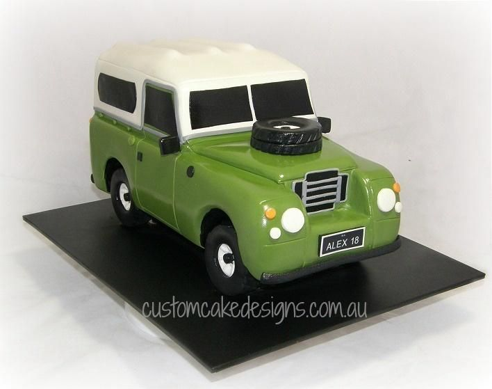 1976 Land Rover Cake by Custom Cake Designs