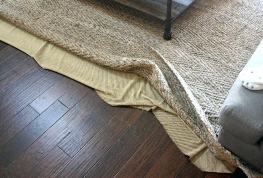 Decorating With Area Rugs On Hardwood Floors