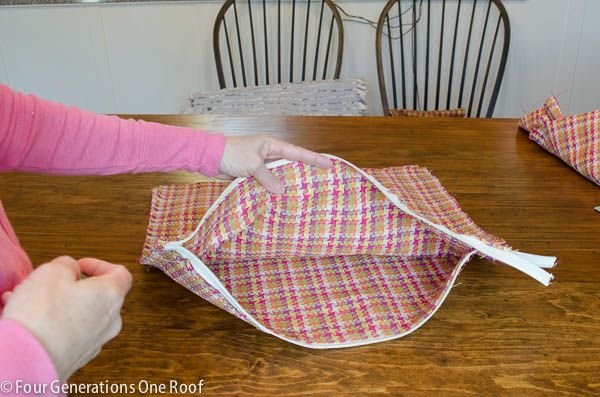 How To Sew A Pillow Cover Simple How To Sew A Zipper In A Pillow Cover  Pillows Sewing Ideas And Review