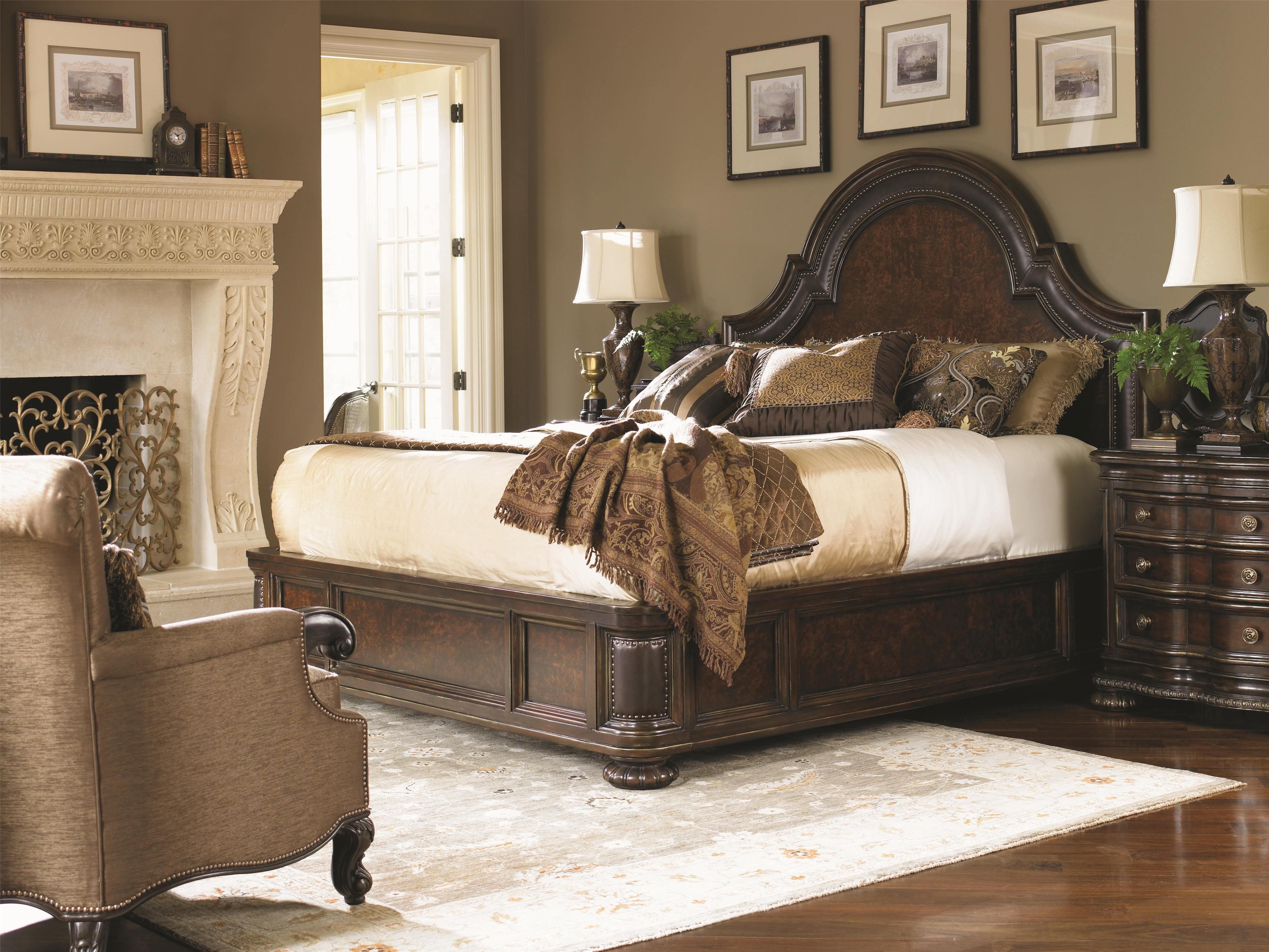 This luxury statement bed features a Walnut Burl on the headboard, footboard and side rails. The multi-tonal wood brings warmth and distinction to this bold bed.