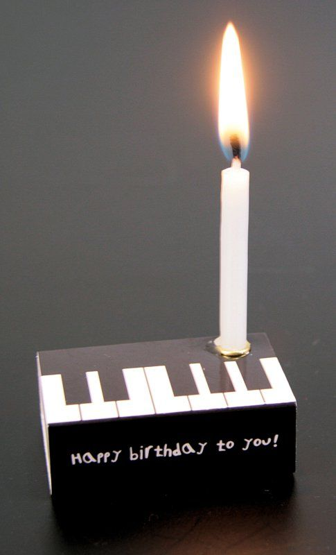 Streichholzschachtel Piano Birthday Theme Pinte