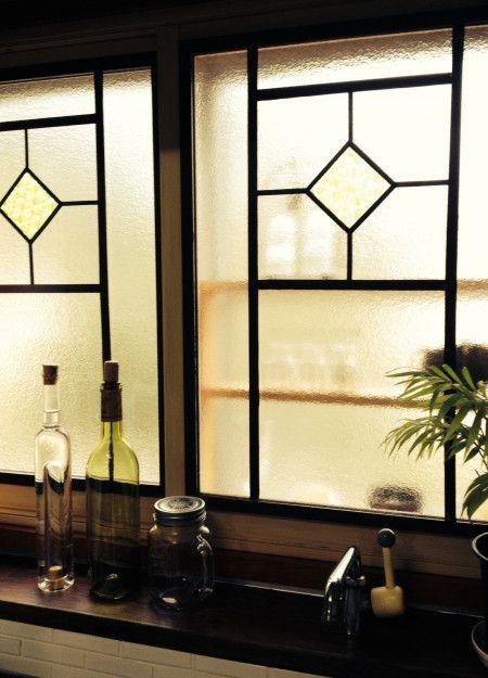 キッチンdiy マステ 100均でレトロな窓に変身 窓 デザイン マスキングテープ インテリア キッチン Diy