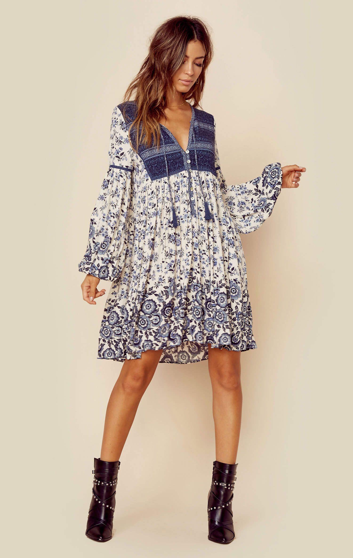 8f7e69d69d3e5 Hippie Chic Fashion, Boho Chic, Bohemian Print, Fashion 2018 Trends,  Paisley Dress
