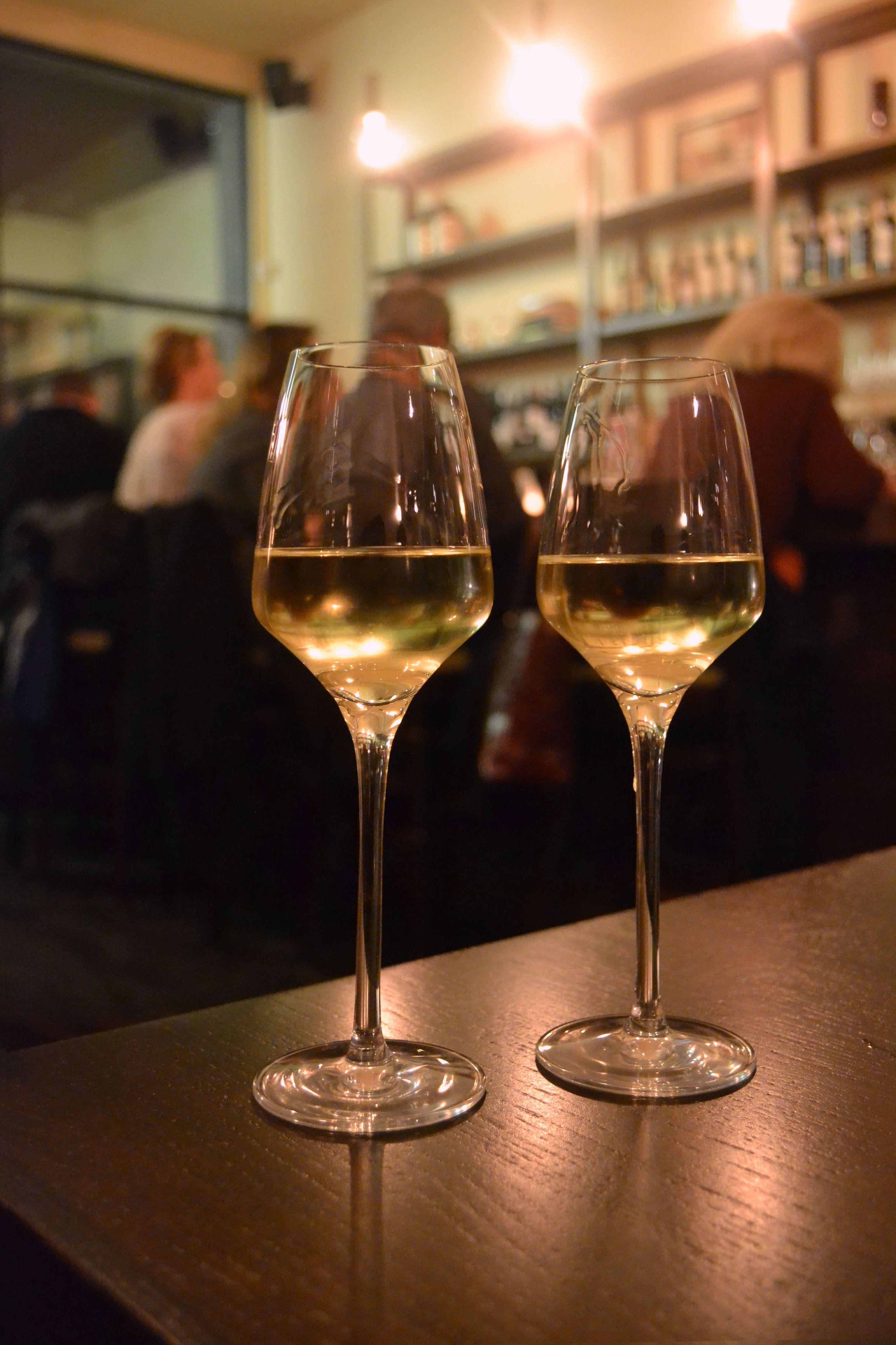 Best Bars in Chicago: 6 Best Wine Bars