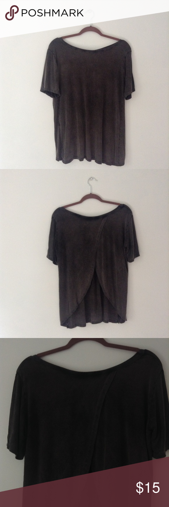 Don't Ask Why Tulip T-Shirt American Eagle Open Back T-Shirt. American Eagle Outfitters Tops Tees - Short Sleeve