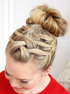 13 Hot Hairstyles to Rock at the Gym   Straight ponytail, Bun updo ...