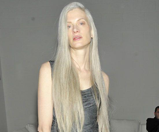 Kristen McMenamy | Long gray hair, Long silver hair, Grey ...