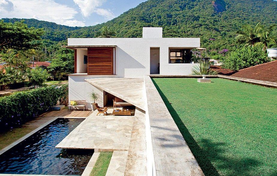 Casa de praia grandes janelas nesta casa e brasil for Casas modernas brasil