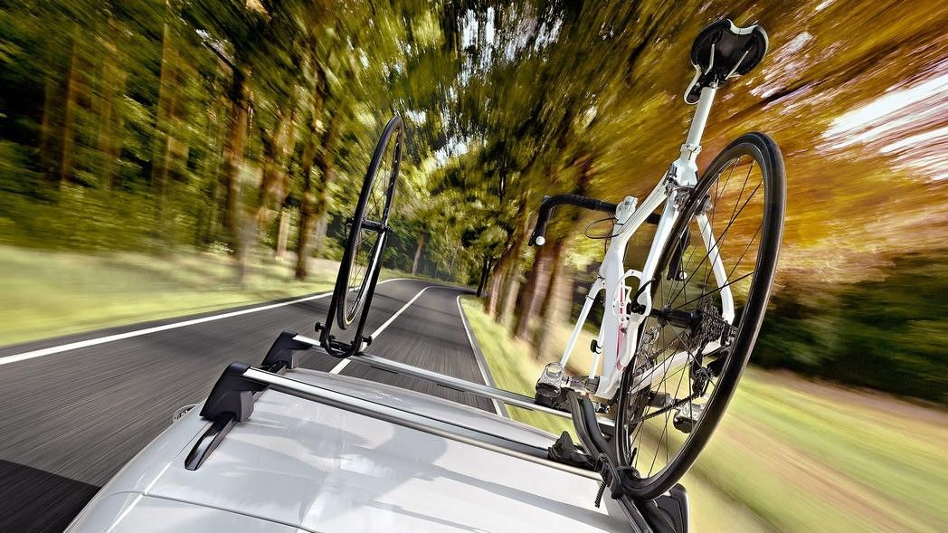 How To Choose The Perfect Roof Rack And Transport System For Your Car And Your Needs Roof Rack Thule Roof Rack Bicycle Storage