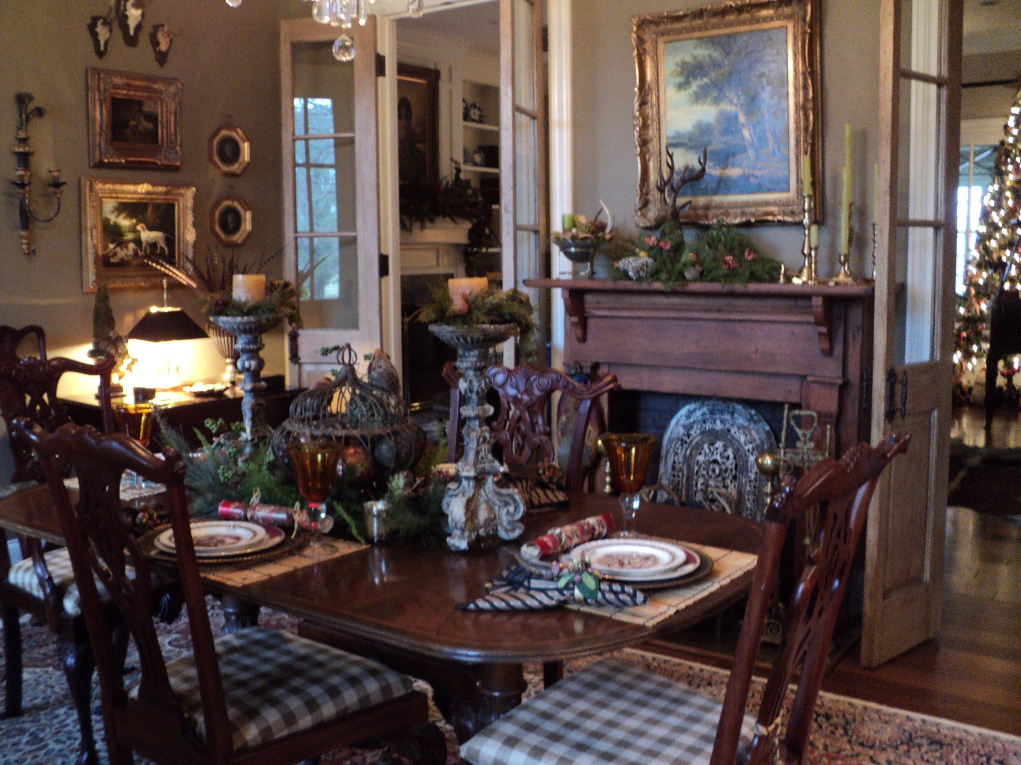 Country French Dining Room (Betty Kyle)