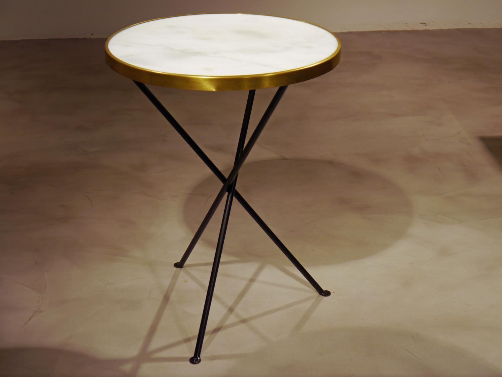 Mesa redonda estilo vintage con m rmol y aro de lat n - Mesa redonda vintage ...