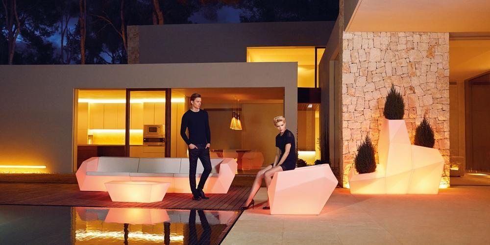Glowmi Led Furniture Decor Sales Event Party Rentals Toronto In 2020 Led Furniture Furniture Decor Outdoor Lounge