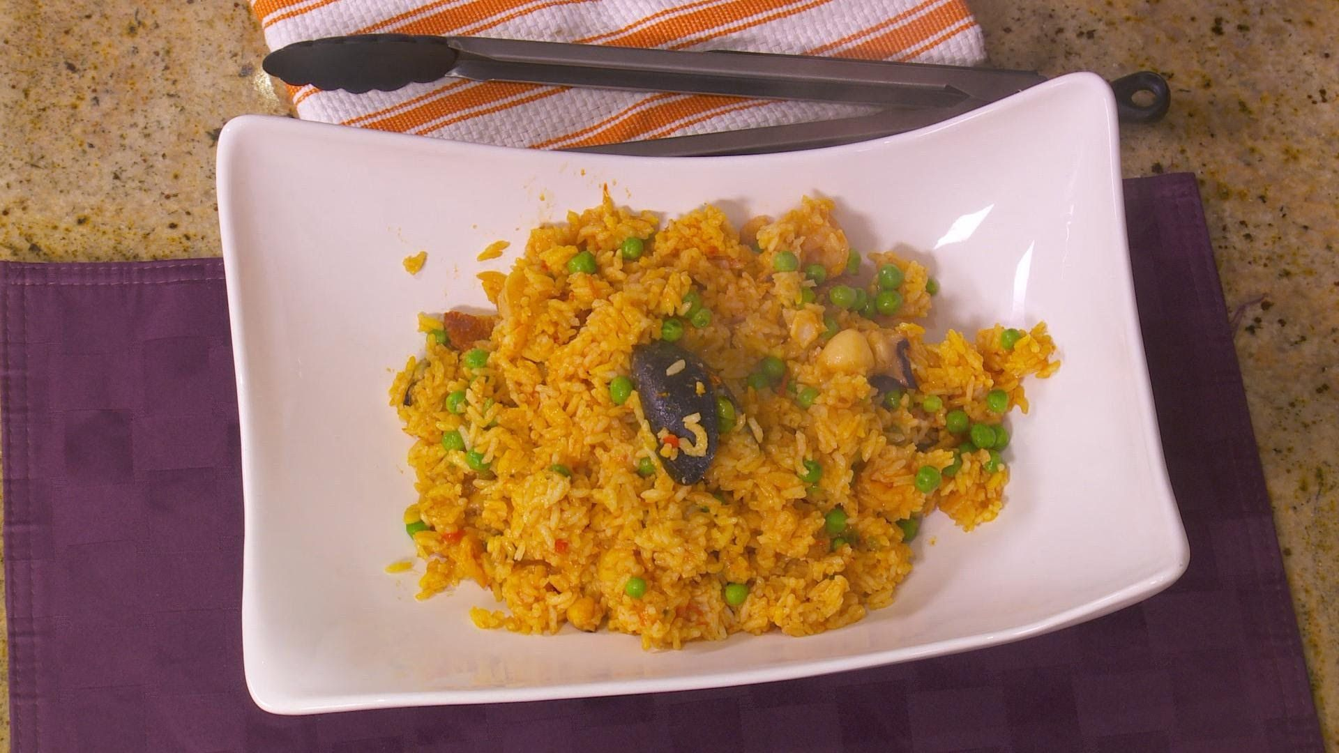 Top Chef Eric Theiss makes mouthwatering paella in minutes in the  XW01