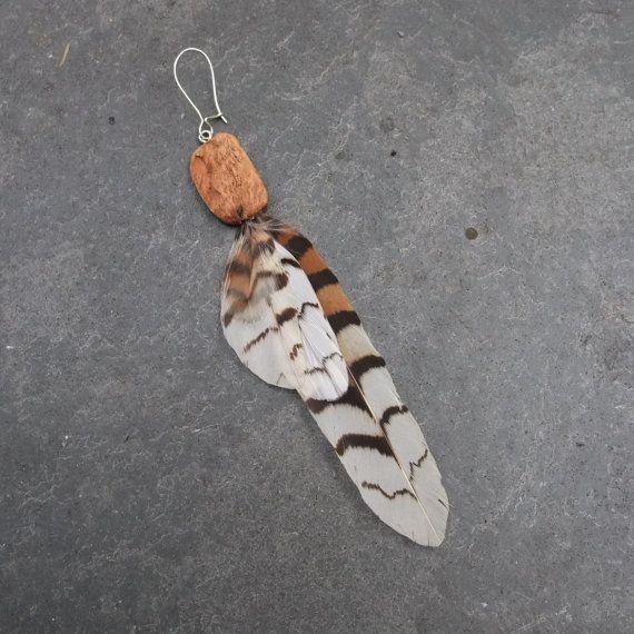 Feather earring - single - Kookaburra, eucalyptus wood- one off a kind & handmade in Australia.