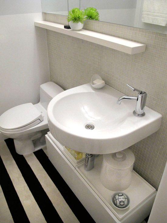 #474631 Decoração de banheiros simples e pequenosBanheiro  550x733 px modelo de banheiro simples e pequeno