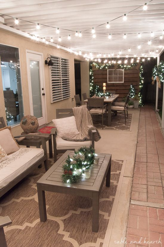 Go plug free and beautiful this holiday season with for Small lanai decorating ideas