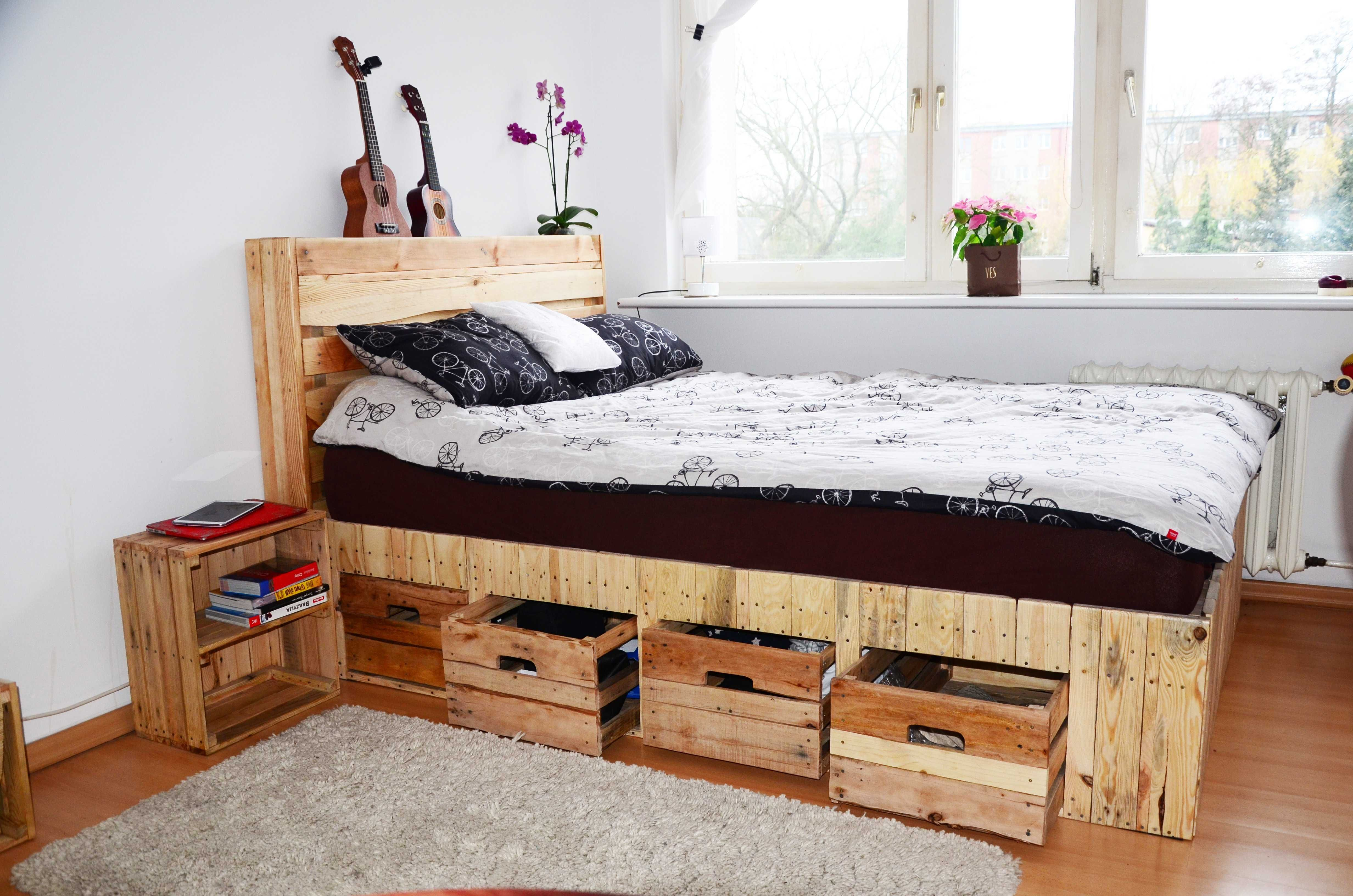 Pallet Wood King Size Bed with Drawers & Storage • 8 Pallets