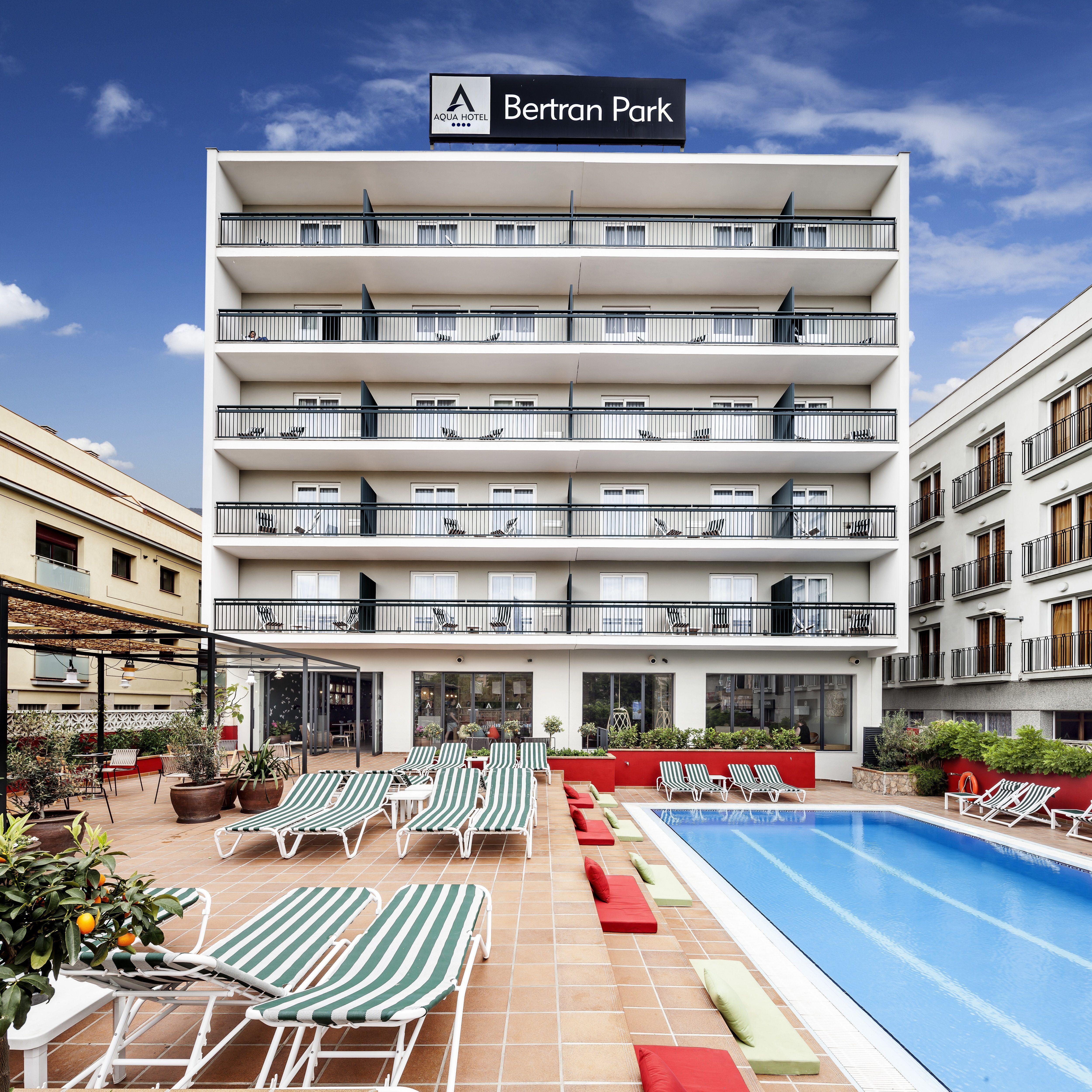 Aqua Hotel Bertran Park Lloret De Mar Lloret De Mar Hoteles Pineda De Mar