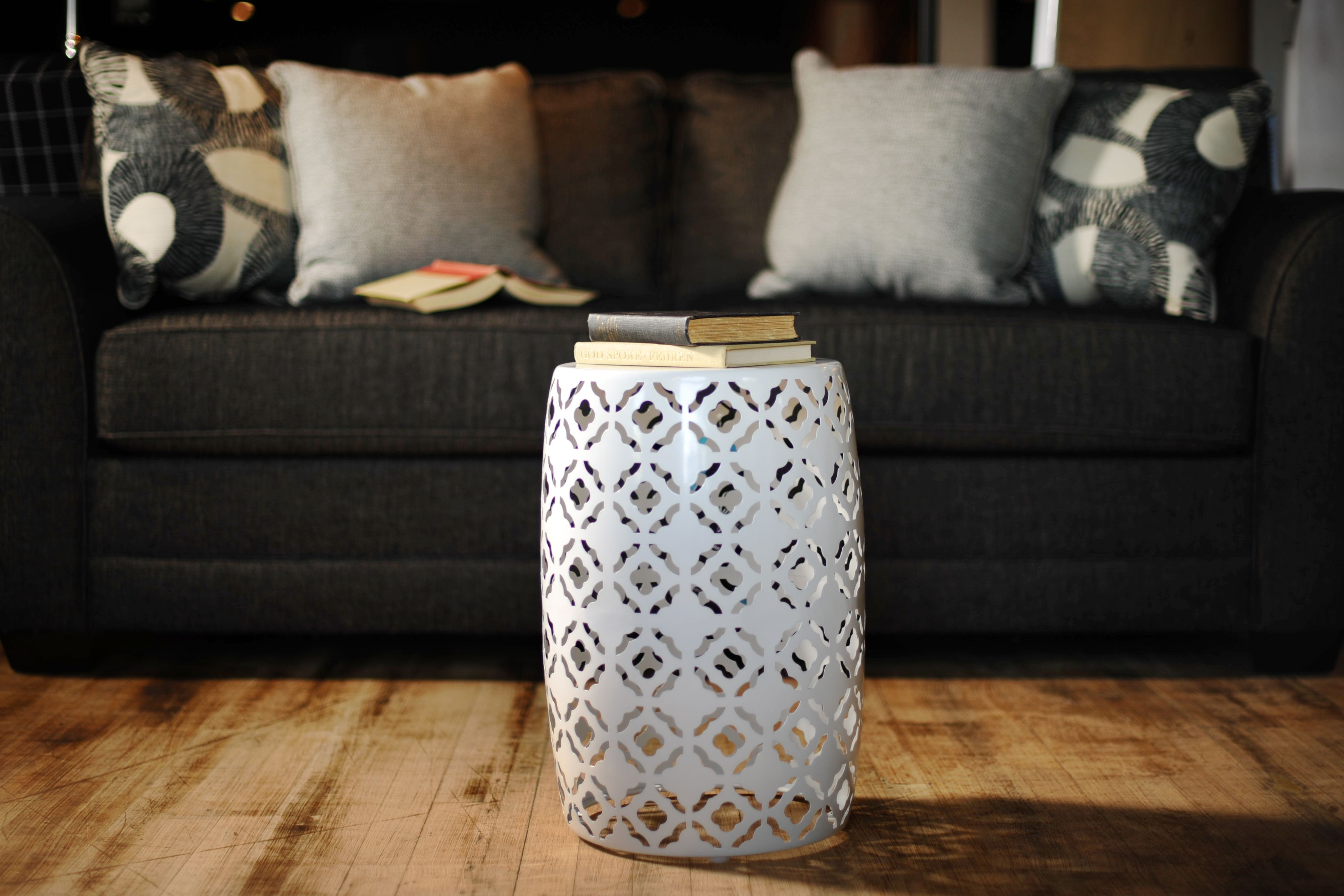 White Round Metal End Table Signature Design by Ashley Living Room