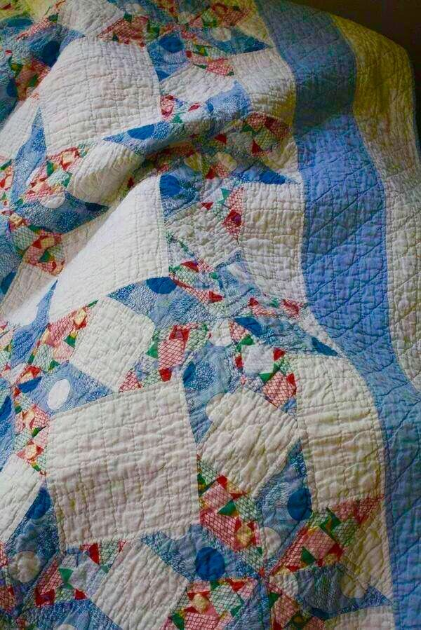 Beautiful blue and cream quilt